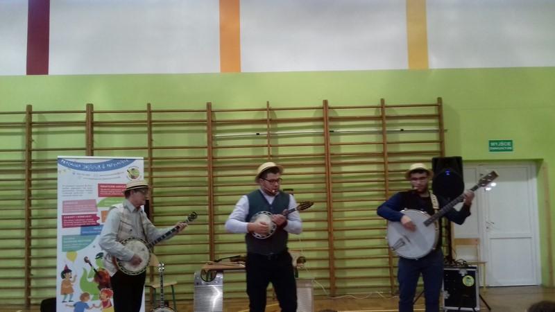 banjo (2)